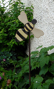 New  Bee for the Garden £55