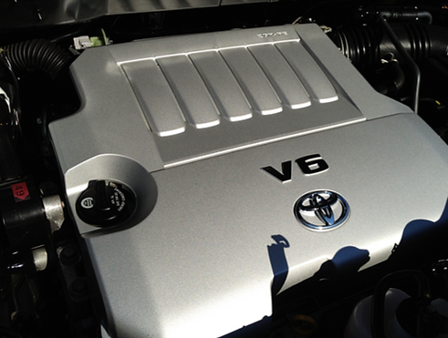 Toyota V6 Engine Bay Clean and Degreased in Tequesta, Florida