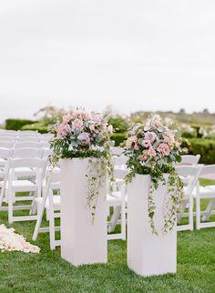 pedestal wedding decor