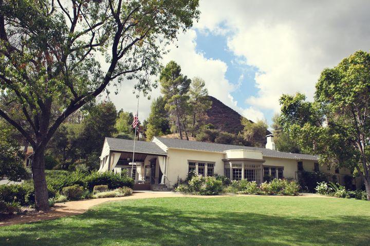 Malibu Lodge3.jpg