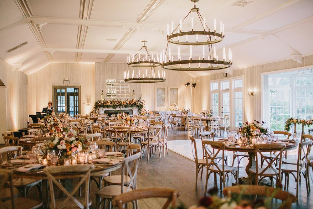 Tamiandroy-Ballroom-with-Round-Tables-Ma
