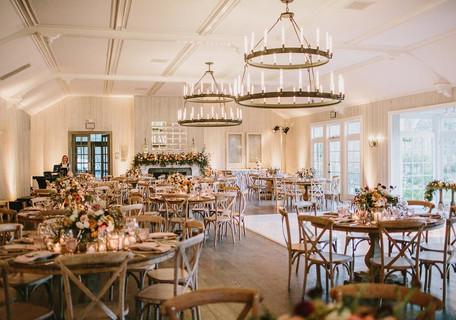 Tamiandroy-Ballroom-with-Round-Tables-Ma