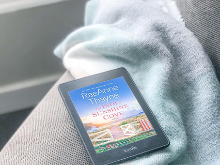 Reviewing RaeAnne Thayne's The Path to Sunshine Cove