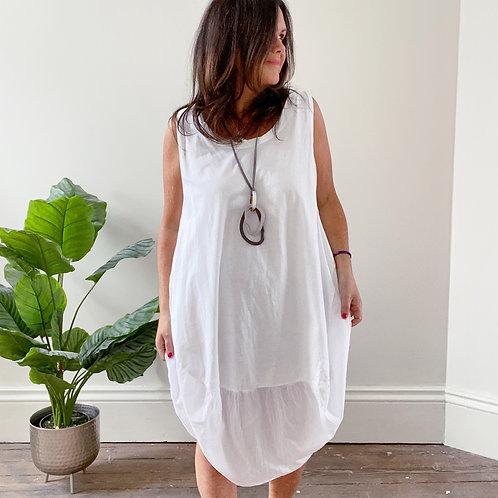 SLEEVELESS COCOON DRESS - WHITE