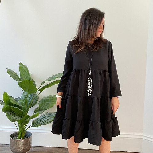 TEXTURED TIERED DRESS - BLACK