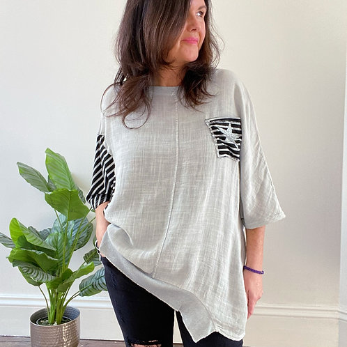 STAR POCKET SLOUCH TOP - SILVER GREY
