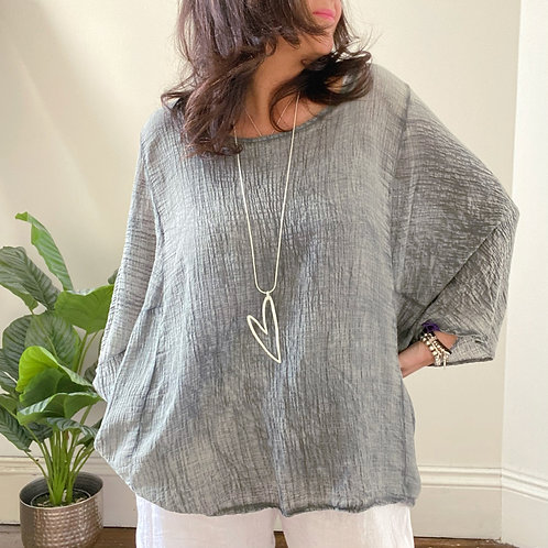 BATWING LIGHTWEIGHT CRINKLE TOP - WASHED GREY