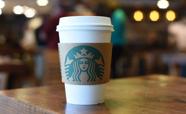 İmalatçılara Müjde: Starbucks Karton Bardakları Artık Ücretli, Yılda 2,5 Milyar Bardak