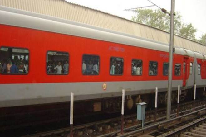 Maharashtra Central Railways Banned Plastic Use; New Chance For Paper Cup Producers