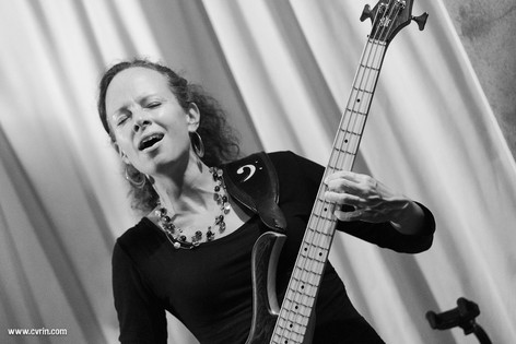 Solam_pop progressive_concert_suisse_romandie_vaud_mensinger bass_cvrin.jpg