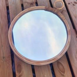 Miroir décoratif Bambou  Prix : 8 euros