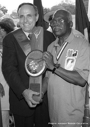 carlos & jiuliani laborday 2000.jpg