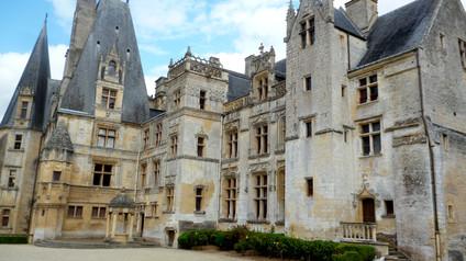 Château de Fontaine-Henry / Замок Фонтен-Анри