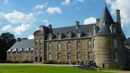 Chateau de Canisy / Замок Канизи. 1000 лет