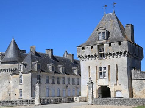 Château de la Roche-Courbon / Замок ля Рош-Курбон