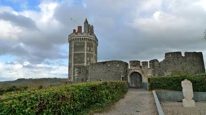 Сhâteau d'Oudon / Замок Удон. Средневековый замок