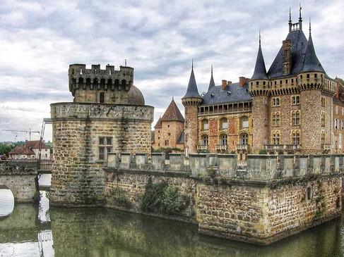 Château de la Clayette / Замок ля Клайет