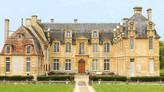 Château de Carel / Замок Карель. Липовая аллея