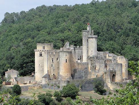 Château de Bonaguil / Замок Бонагиль. Замок Суровый воин