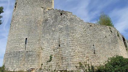 Château des Rois ducs (de Sauveterre-la-Lémance) / Замок королевских герцогов. Английская крепость