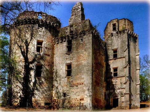 Château de l'Herm / Замок л'Ерм. Темное прошлое