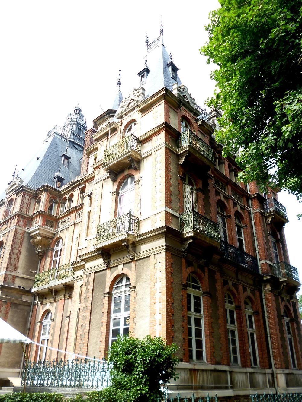 Замок герцога де Дино