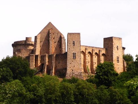 Château de la Madeleine / Замок ля Мадлен. 1000 лет истории