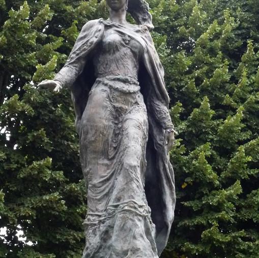 Скульптура Анна