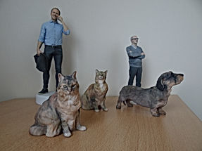 groupe de figurines 3D personne animal