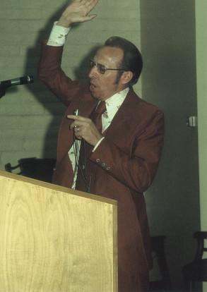 1976 Pastor M.jpg