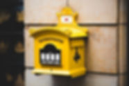 yellow-postbriefkasten-floating-mailbox-