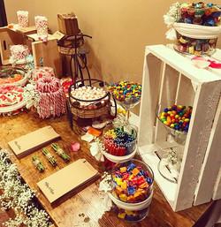 Un poco de dulce 🍬 después del amargo día que vivimos ayer en Barcelona😞 Candy de A&A #eventos #bo