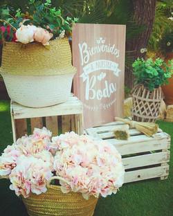 Bienvenidos a la boda de Alba & Christian!! 😍 #eventos #decoracionesunicas #bodas #flores #primaver