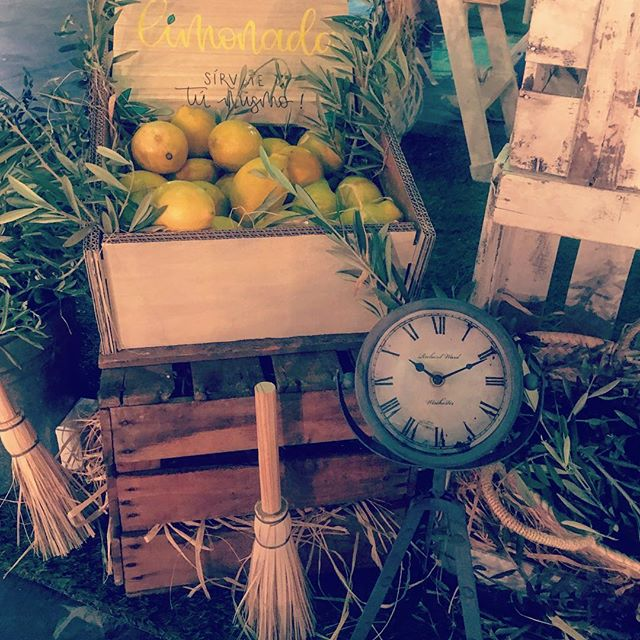Noviembre primaveral 🌞¿No os apetece una limonada 🍋fresquita_ Rinconcitos con mucho encanto! A dis