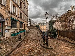 Montmartre Visit the Hidden Paris