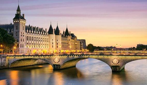 Conciergerie Visit the Hidden Paris
