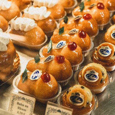 Baba au Rhum, specialty of the city's oldest pastry shop