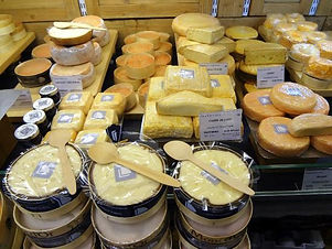 Fromagerie artisanal Visit the Hidden Pa