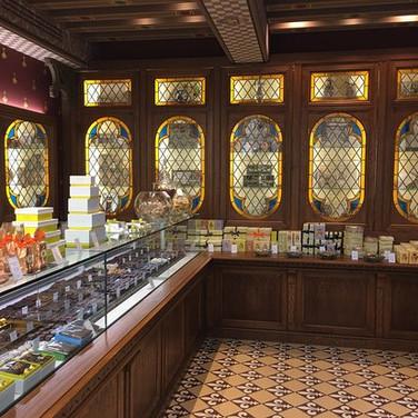 Heritage sweet shop (1636)