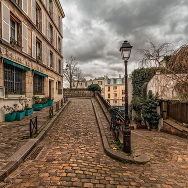 Butte Montmartre Visit the Hidden Paris.
