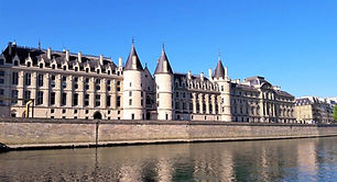 Conciergerie Visit the Hidden Paris
