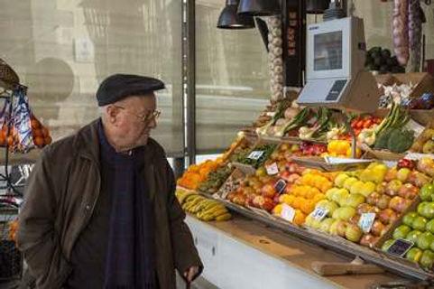 Farmer's market Visit the Hidden Paris