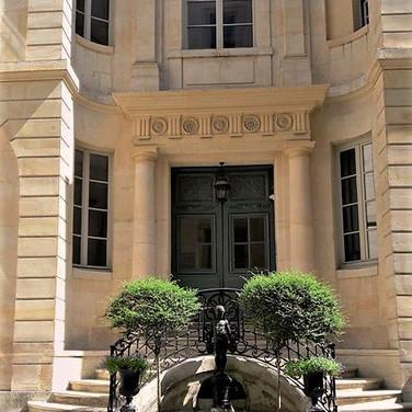 rue Dussoubs Visit the HIdden pARIS
