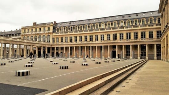Courtyard Palais Royal Visit the Hidden Paris