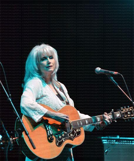 Emmy Lou Harris