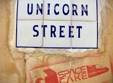 SPACECAKE INTERNATIONAL UNICORN STREET ALBUM REVIEW