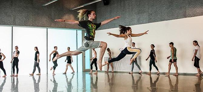 英国名門コンテンポラリー・ダンス・スクール:トリニティ・ラバン サマースクールの〆切迫る!