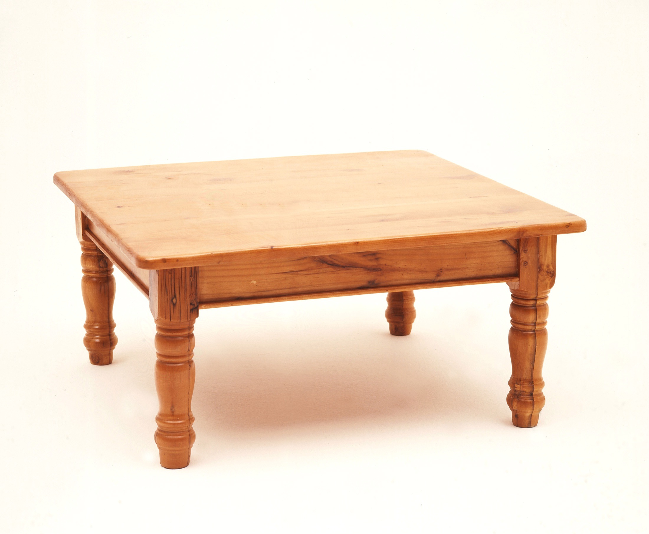 COFFEE TABLE PINE.jpg