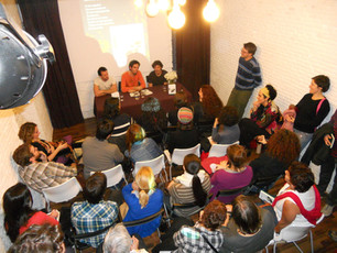 Presentación de Fricciones en la Asociación Cultural La Bagatela (Madrid, 17/11/2011)