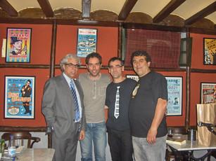 Tras la presentación en La Alquitara (Béjar, 9/5/2013), con los hermanos Sánchez Paso, organizadores del evento